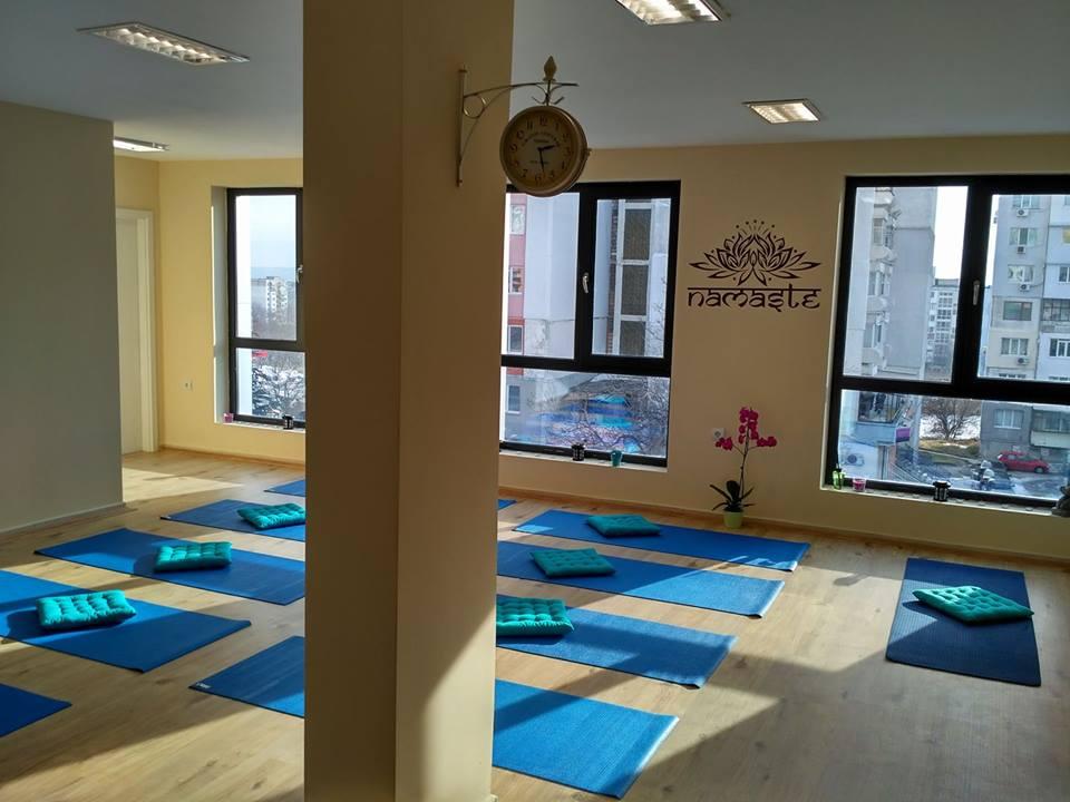 Yoga-centre-ishvara-varna
